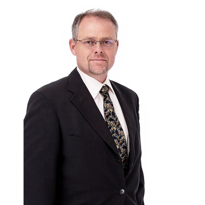 D-Schoeman-Dirk-Senior-Associate
